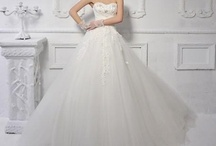 Beautiful Brides / by Rossana Geddes