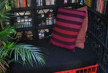 Classroom Reading Nook / Ideas and Brainstorming