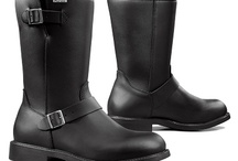 Forma Motorcycle Touring Boots Mens / 15% discount from Black Friday through Cyper Monday on all footwear enter discount code BC15 http://www.srethng.com  Forma is also one of only a handful of manufacturers committed to producing motorcycle boots that are CE-certified, exceeding the safety standard for motorcycle boots.  No matter what your level of performance, Forma gives you the highest safety, performance and style while riding.