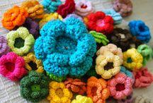 crochet Flowers / by Carol Seaba