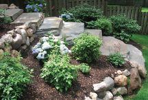 backyard landscaping with rocks