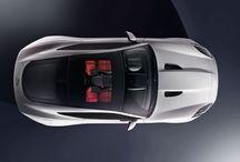 Jaguar F-Type Coupé / Jaguar stellt das F-Type Coupé vor. Die ganze News findet ihr hier: http://www.the-motorist.com/autonews/jaguar-f-type-coupe.html