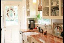 HOME~kitchen / by Carmen Malo
