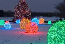 DIY Outdoor Christmas Decorations / diy outdoor christmas decorations ideas, simple outdoor christmas lights ideas, diy outdoor christmas decorations, diy christmas outdoor decorations, outdoor christmas decorations diy, christmas light ideas outdoor, diy outdoor christmas decor, diy outdoor lighting ideas, outdoor christmas decor ideas, outdoor christmas decorating ideas, simple outdoor christmas decorations, homemade outdoor christmas decorations, front porch christmas decorating ideas, diy christmas yard decorations / by AllFreeChristmasCrafts