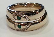 Gioielli e fedi / Anelli nuziali, gioielli e preziosi per il grande giorno e per ogni anniversario importante