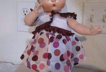 Antique- and vintage dolls