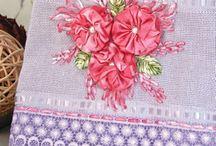 toalhas decoradas com fitas