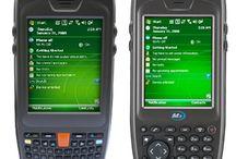 M3 SKY El Terminali / M3 SKY El Terminali en iyi Windows Mobile 6.1 işletim sistemi ile çalışmakta olan bir mobil bilgisayardır. Sahadaki personelin işlemlerini hızlı bir şekilde yapabilmesine olanak sağlayan bu el terminalinin ana bilgisayara veri aktarım becerisi de göz doldurmaktadır. M3 SKY M3 serisi el terminallerinin tümünde olduğu gibi yüksek dayanıklılığa sahip olarak tasarlanmış bir el terminalidir. - http://www.desnet.com.tr/m3-sky-el-terminali.html