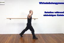 Wirbelsäulengymnastik / Rückengymnastik für die Kräftigung und Mobilisierung nicht nur der Wirbelsäulennahen Muskulatur, sondern auch der benachbarten Muskeln  http://blog.sportlaedchen.de/wirbelsaeulengymnastik-2/wirbelsaeulengymnastik-uebungen-teil-1/
