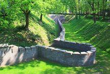 Monumentale forten / Nederlandse forten met de status van monument.   Geschikt om te huren voor bijvoorbeeld bruiloft, filmopname of woning.