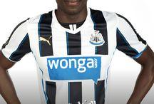 Newcastle United Football Club Supporting Saving Lives  /  @Sammy_Ameobi , @Vurnon Anita & @NUFCOfficial supporting   http://www.savinglivesuk.com #HIVawareness