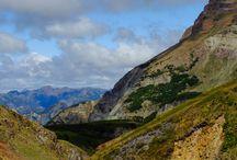 Montañas / ...La Cordillera, alta me espera, sobre las nubes... vuela el aliento...