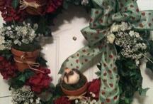 Floral, Moss, Topiaries & Wreaths / by Marisa Waid