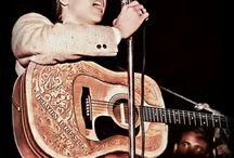 Elvis ... Colour & Coloured