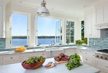 Cooking Kitchens / Cooking Kitchens for Lovers of Good Food and Ambience