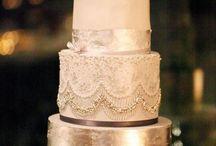 Dekoracje weselne. Połaczenie koloru granatowego i złota. / Navy + Gold