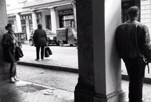 Visioni: Bologna 03-2012 / Set di scatti realizzati per strada a Bologna, Marzo 2012. Rielaborazioni con App. Focus tra visioni, corpi, umori e angoli. http://www.barbaragozzi.it/2012/03/visioni-corpi-movimenti-umori-rielaborazioni-bologna-marzo-2012/