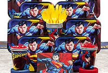 Superman Party Ideas / Superman party supplies, decor, tableware, DIY ideas, and more
