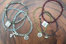 Bracelet / Gemstone Charm Bracelets. Thinking these would make a perfect bridesmaid gift. #bridesmaid #bridesmaidgift