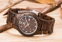 seni jam tangan kayu