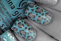Nail Designs / by Briana Simpson