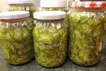Saláták savanyúságok