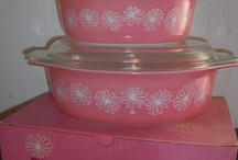 pyrex and other kitchen stuff