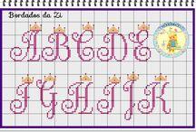 Alfabeto com coroa