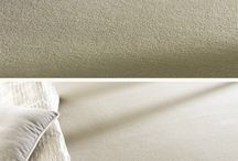 Collection : Luxe / Luxe, un coup d'éclat ! Luxe est une moquette haut de gamme qui apporte un éclat supplémentaire aux intérieurs et espaces hôteliers. Cette moquette en lé unie tient son rendu ultra raffiné de son effet mat, très chic. Luxe est disponible dans une palette de 12 coloris « archi » sophistiqués et faciles à accorder selon les ambiances.