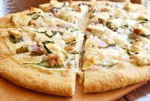 Pizza Pizza / by Tina Santiago