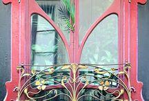 Épületek,ablakok,részletek