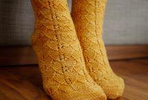 Easy Sock Knitting Patterns / How to knit socks, sock knitting patterns, free sock knitting patterns.