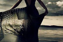 Silky Feminine Body Poetry / Sensual threads.