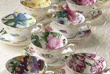 Tealightful Teacups