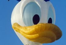 Life Is Like A Mirror; Smile Every Moment. / Donald Duck