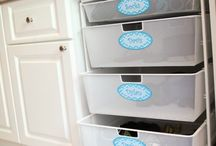Laundry Room Organization / Keep the laundry room neat and clean with these great DIY ideas for organization, cleaning products and more. We're pinning everything from laundry hamper organization to homemade detergent and all of it can be personalized with Avery Labels, Tags and Cards and free printable templates at avery.com/print.