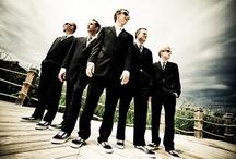 Wedding posing group