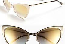 Sunglasses & Glasses / Fashion shape structured