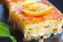 Portokalopita - Greek Orange Filo Cake / http://www.kitchenstori.es/2013/11/portokalopita-greek-orange-filo-cake.html