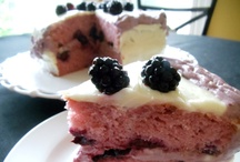 Cakes / by Darlene Castillo