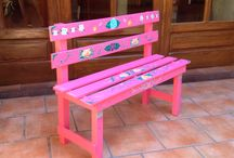 Hand painted and decoupage bench ideas
