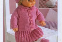 Dolls knitted garments