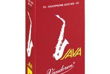 Saxophones alto