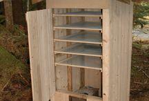 DIY smoker shack
