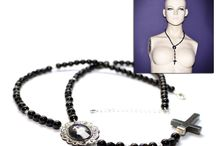 Photo Jewellery / Amanda Norman's hand made jewellery featuring her Gothic horror photography
