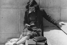 Well-Read Women. / Vintage photos or paintings of women reading.