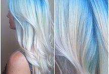 μαλια μπλε