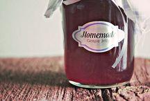 Jelly/Jam / by Marisa Onsurez