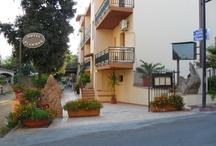 hotel plammas in ogliastra / L'Hotel è situato in zona centrale a circa 250 metri dalla spiaggia