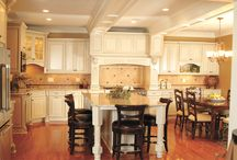 Kitchen Cabinet Ideas / Traditional, rustic, contemporary and modern kitchen cabinet ideas for the home.